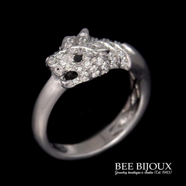 แหวนเสือ